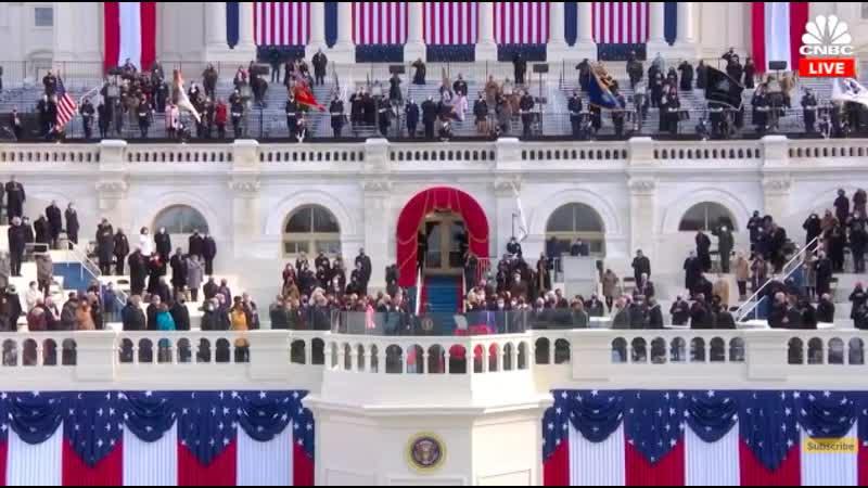 Леди Гага поет гимн США на церемонии инаугурации Джо Байдена