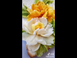 Кулинария - это искусство. На хлебе распускаются цветы! Не только вкусно, но и красиво!