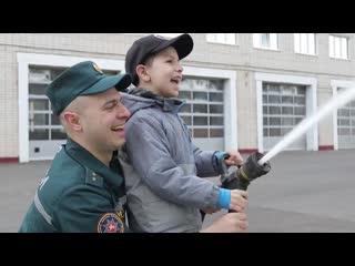 Витебские спасатели ко Дню семьи сняли клип про отцов