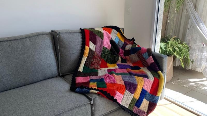 Manta de lã feita com crochê tunisiano