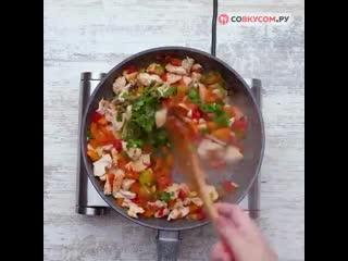 Как запечь баклажаны с курицей и овощами!