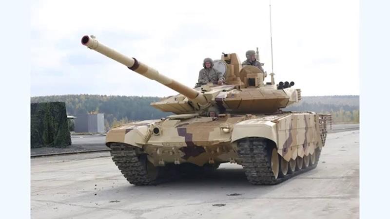 Турция захватила Танк Т 90 продав секреты С 400 США и железный купол Израиля контролирует базу РФ