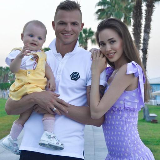 Анастасия Костенко захотела родить дочь в присутствии мужа! Цитируем ее: - С любимыми веселее!