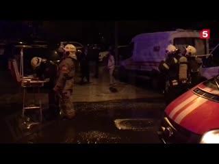 После громкого хлопка вспыхнула квартира в многоэтажке на юге Москвы