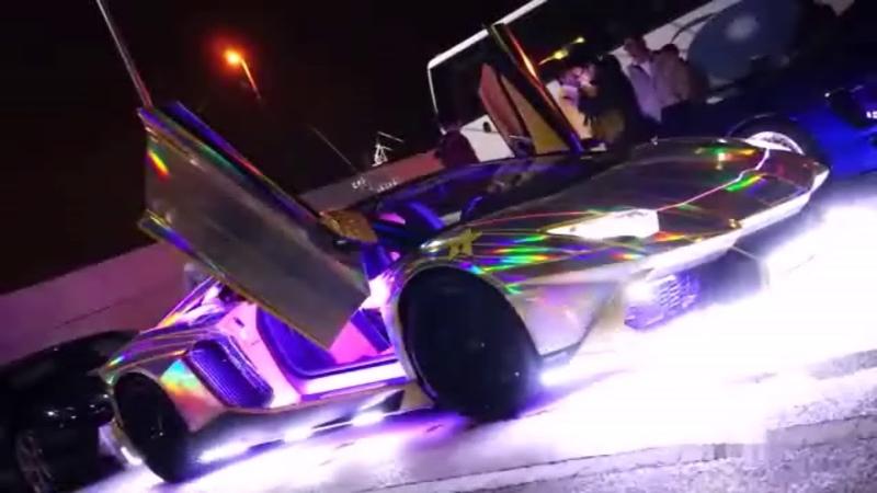 Красивое видео Изящные сверкающие автомобили