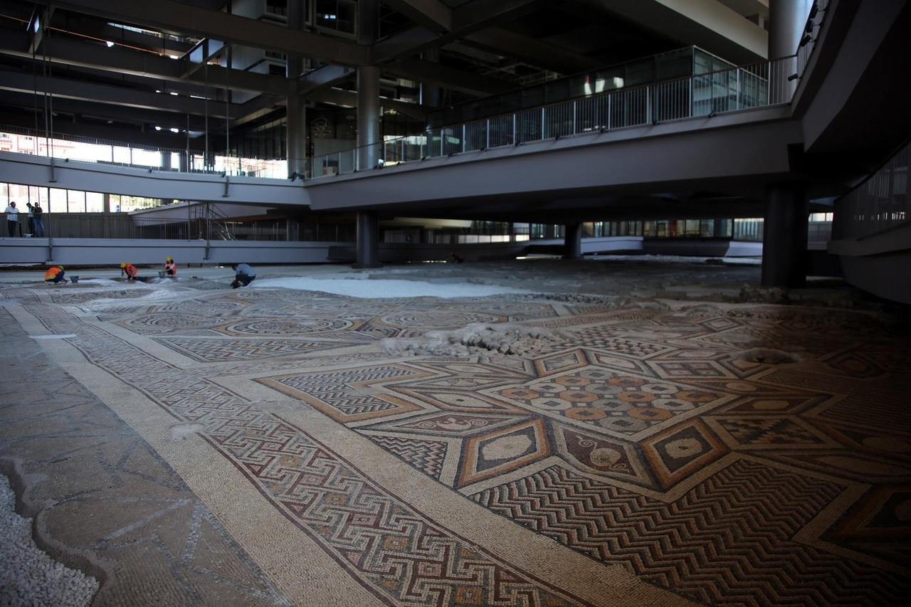 Самая большая нетронутая древняя мозаика в мире открыта для публики в Антакье, Турция