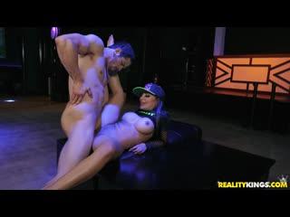 Бесплатный VIP -   | Lela Star - Lela Craves The
