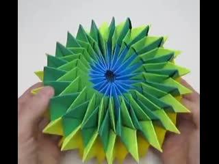 Бумажная игрушка. Попробуйте сделать вместе с детьми