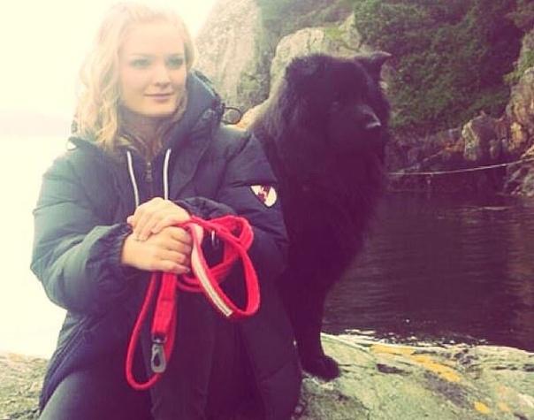 Туристка из Норвегии спасла бездомного щенка и скончалась от бешенства 24-летняя Биргитте Каллестад, катаясь с друзьями на мопедах, увидела на обочине бездомного щенка. Она решила забрать его в