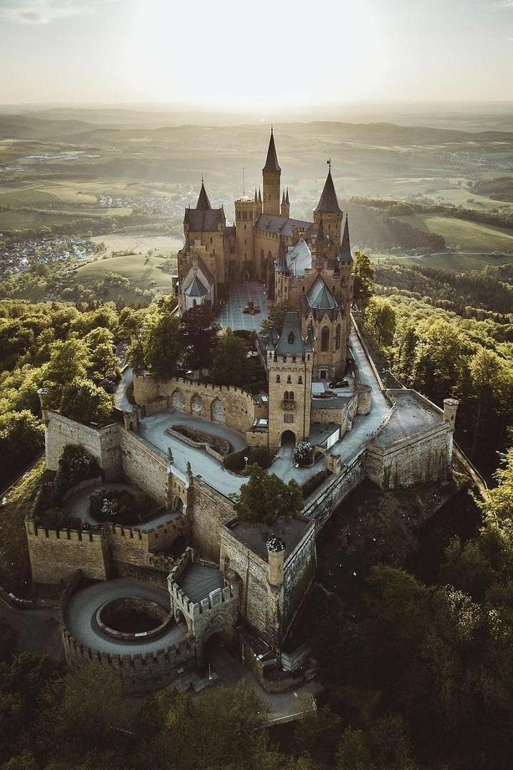 Красивейшие замки со всего мира