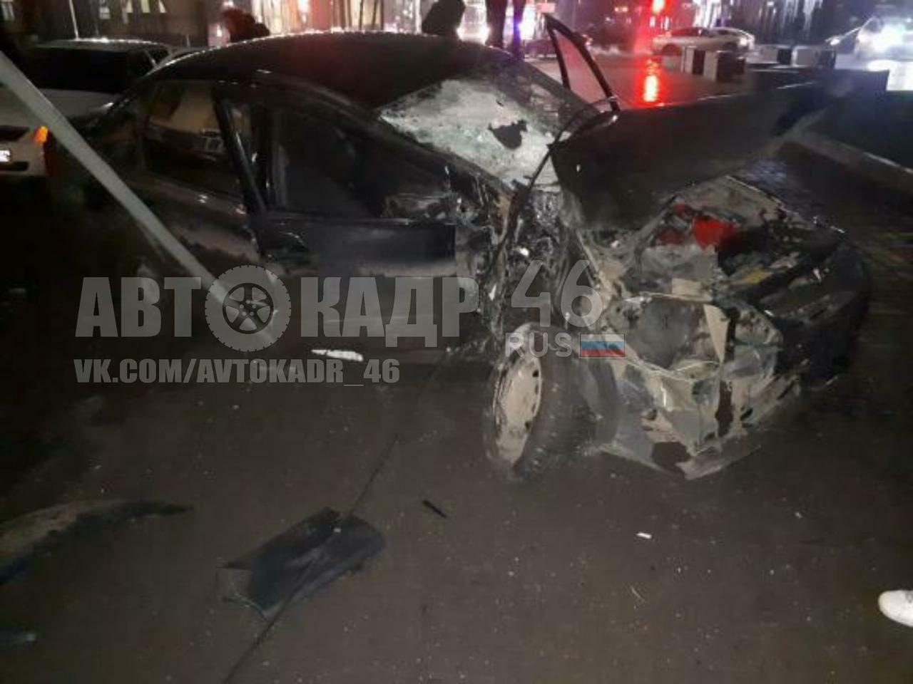 В Курске в двух ночных авариях пострадали три человека