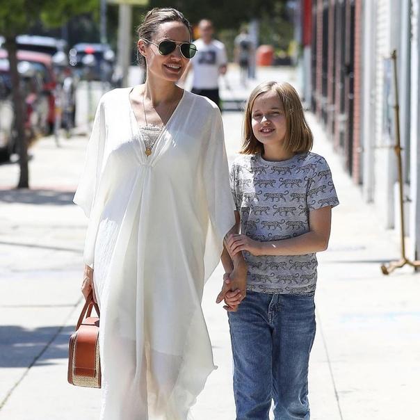 Новый выход в свет Анджелины Джоли и ее дочки!