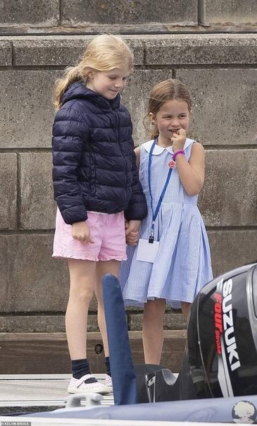 Кейт Миддлтон и принц Уильям на открытии парусной регаты