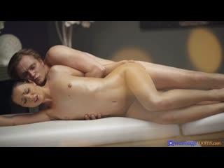 MassageRooms Kittina Clairette