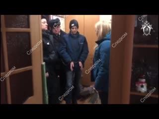В Омске 15-летняя школьница убила мать, заставшую ее с парнем