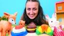 Play Doh pasta Çocuk oyunları Sevcan oyuncaklar için oyun hamuru ile yemek yapıyor