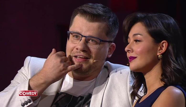 Посмотрите это видео на Rutube: «Гарик Харламов и Марина Кравец- Когда вы понимаете друг друга»