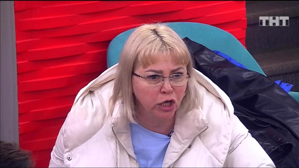 Алена Савкина ревет от безысходности