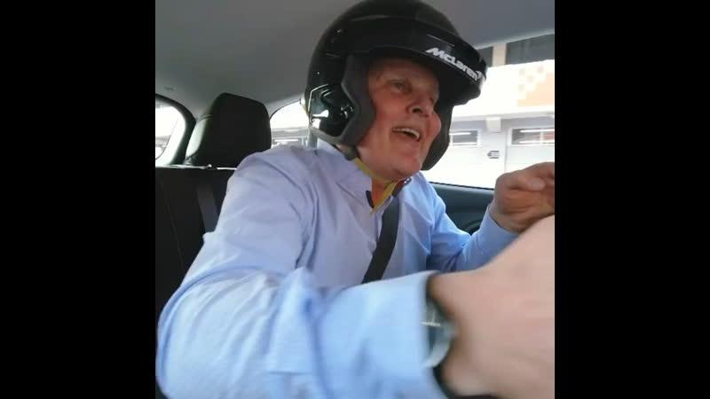 Lando Norris, Carlos Sainz, Renault, Milk, Aaaaaaaa
