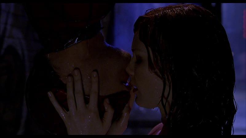 4 Человек Паук целуется с Мери Джейн Человек Паук 2002