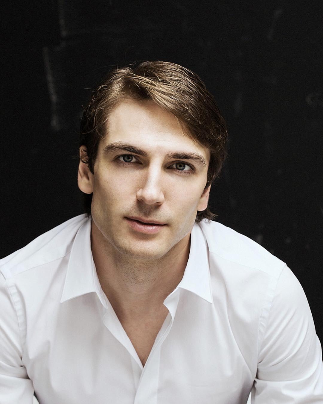 Сегодня день рождения отмечает Пшеничный Михаил Владимирович.