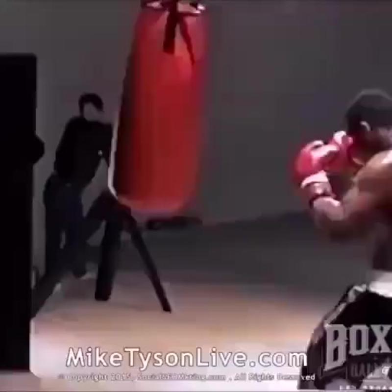 Майк Тайсон на тренировке. 🔥🔥🔥