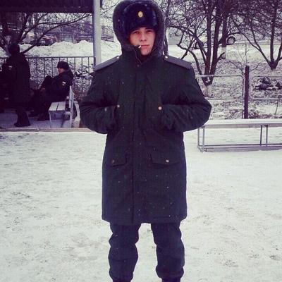 Алексей, 24, Stroitel'