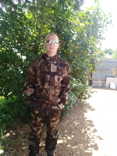Дмитрий, 24, Kamen'-Rybolov
