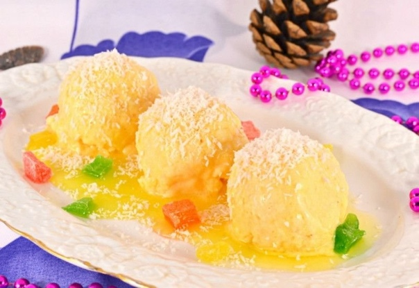 Мороженое с хурмой. Это очень вкусно и главное легко и быстро! Ингредиенты:150 гр. мякоть хурмы150 мл. сливки (жирные)1 ст.л. лимонный сок30-40 гр. сахарПриготовление:1.К мякоти хурмы (хурму