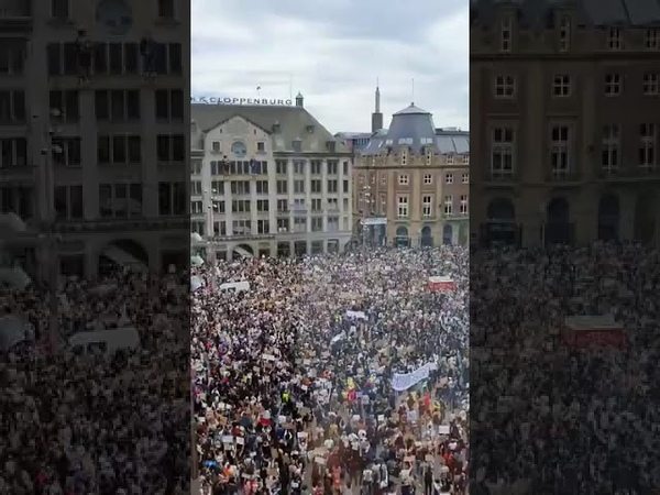 A sea of protesters in Amsterdam right now honoring George Floyd 1 june 20