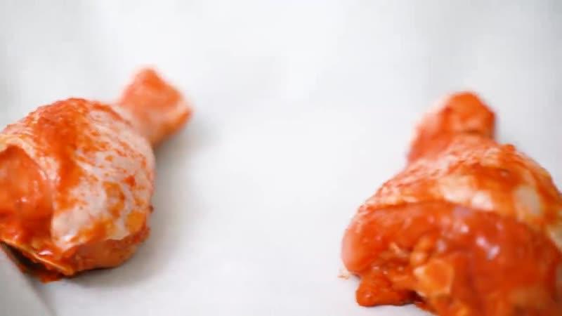 Не могу не поделиться этим простейшим рецептом ОБАЛДЕННО ВКУСНЫЕ куриные ножки