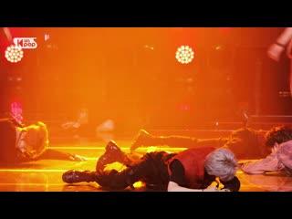 200628 Stray Kids - God's Menu (Felix focus)  SBS Inkigayo (Official FaceCam)