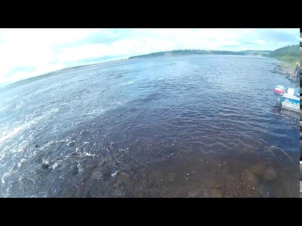 Рыбалка Эвенкия Поймал голыми руками щуку после того как она сорвалась Счастливчик Пашка