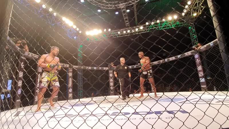 "Jungle Fight 99 - Lucas ""FEIO"" Barros (TEAM Kioshi) x Junior Luiz (Rizzo RVT-LB)"