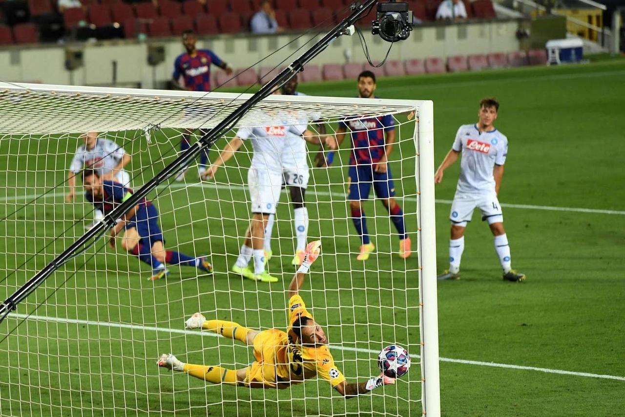 Барселона - Наполи, 3:1. 1/8 финала Лиги чемпионов 2019/20. Гол Лионеля Месси