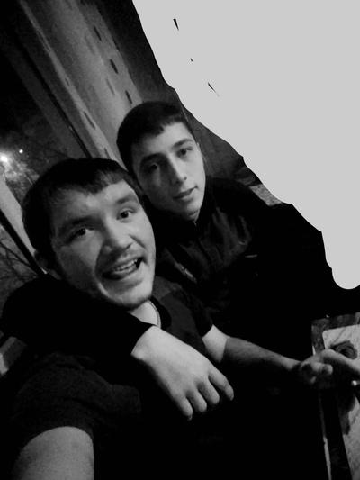 Дмитрий, 19, Krasnokamensk