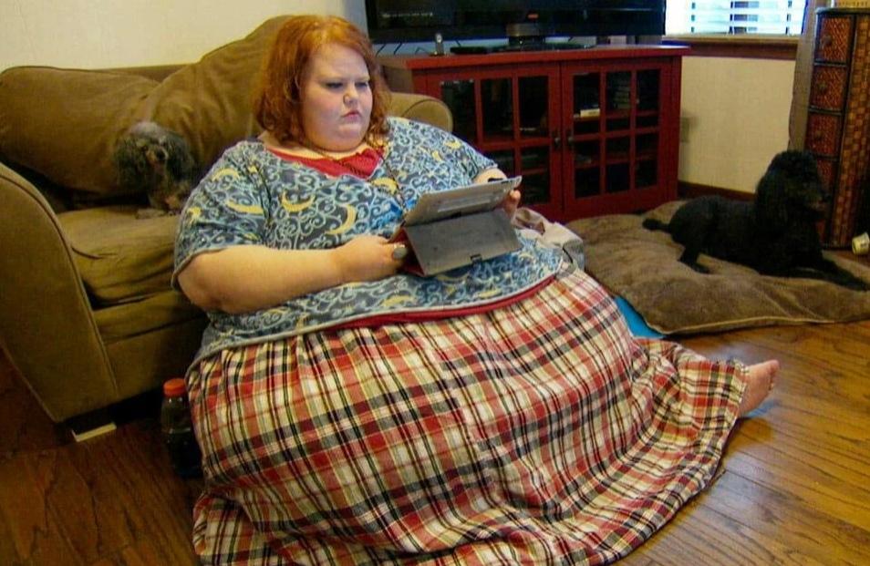 34-летняя девушка похудела на 200 килограммов, стала красавицей и вышла замуж за парня, которого любила всю жизнь
